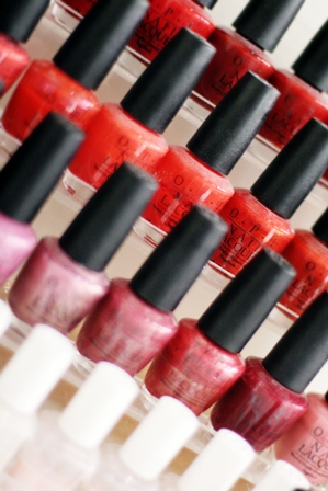 6-NailPolishCloseup